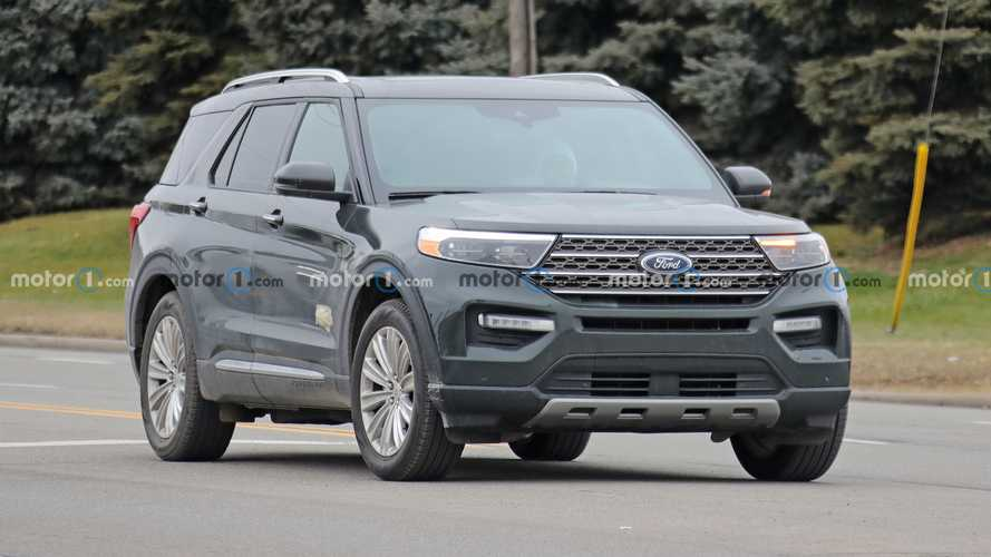 2021 Ford Explorer King Ranch Spied Hiding Its Badges