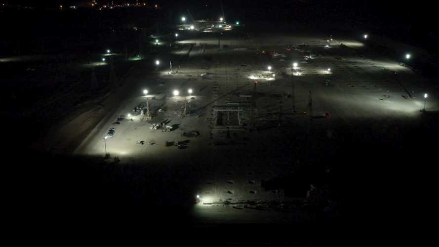 Tesla Giga Austin Is Now Under Construction At Night Too