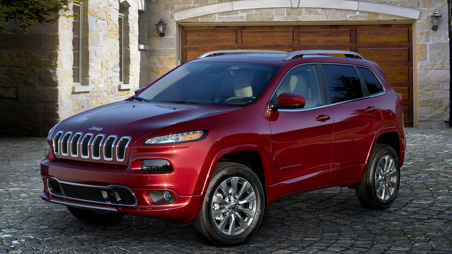 2016 Jeep Cherokee Overland introduced, costs $34,695