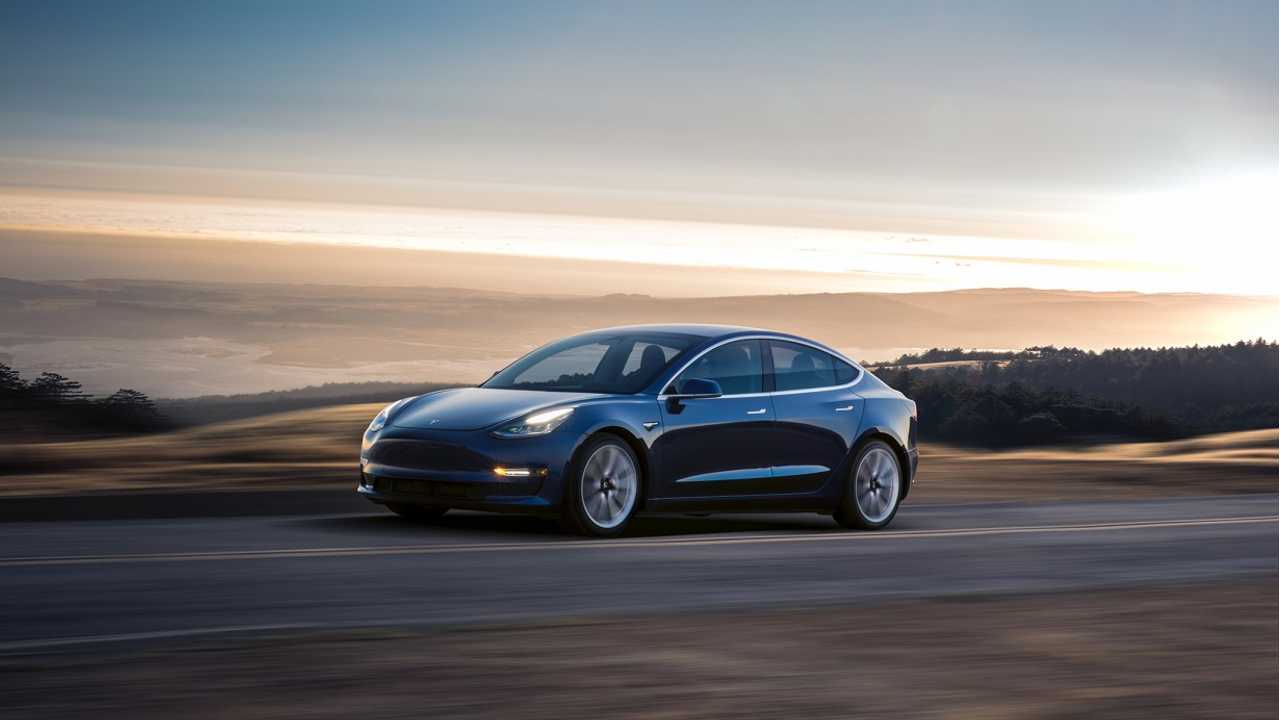 Tesla Model 3 driving j28
