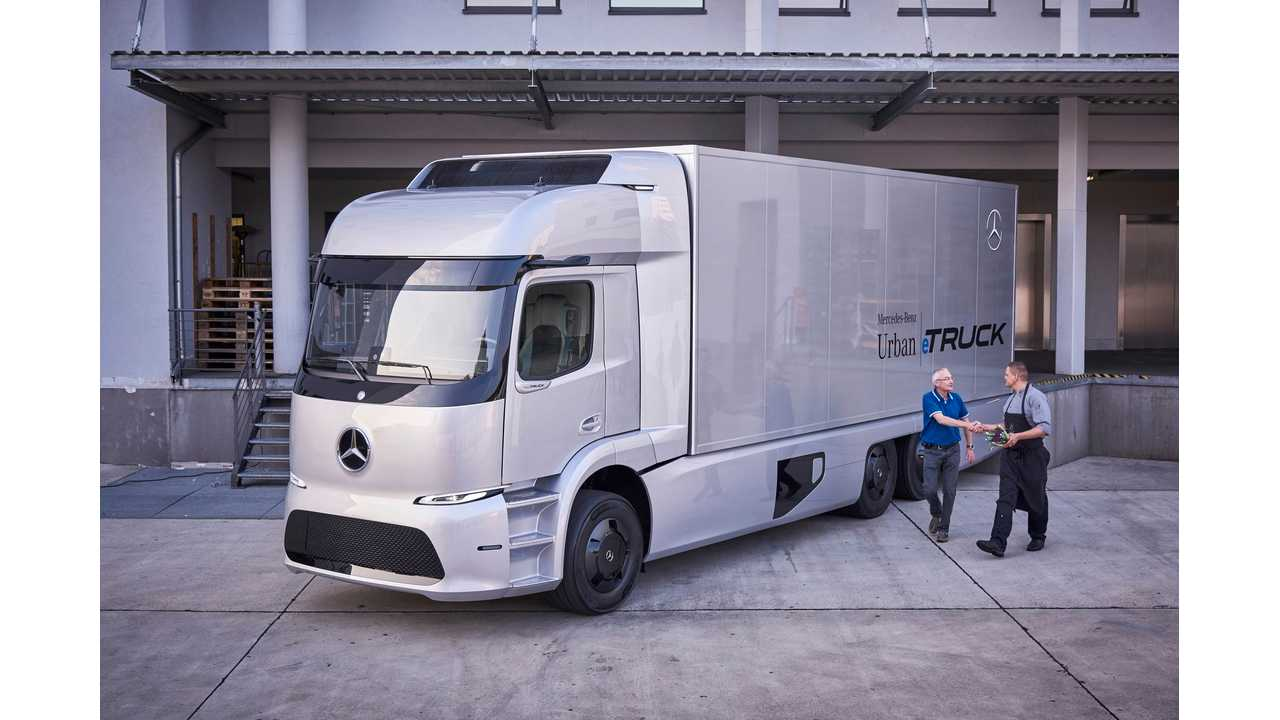 Mercedes-Benz To Start Trial Project With 124 Mile All-Electric Urban eTruck