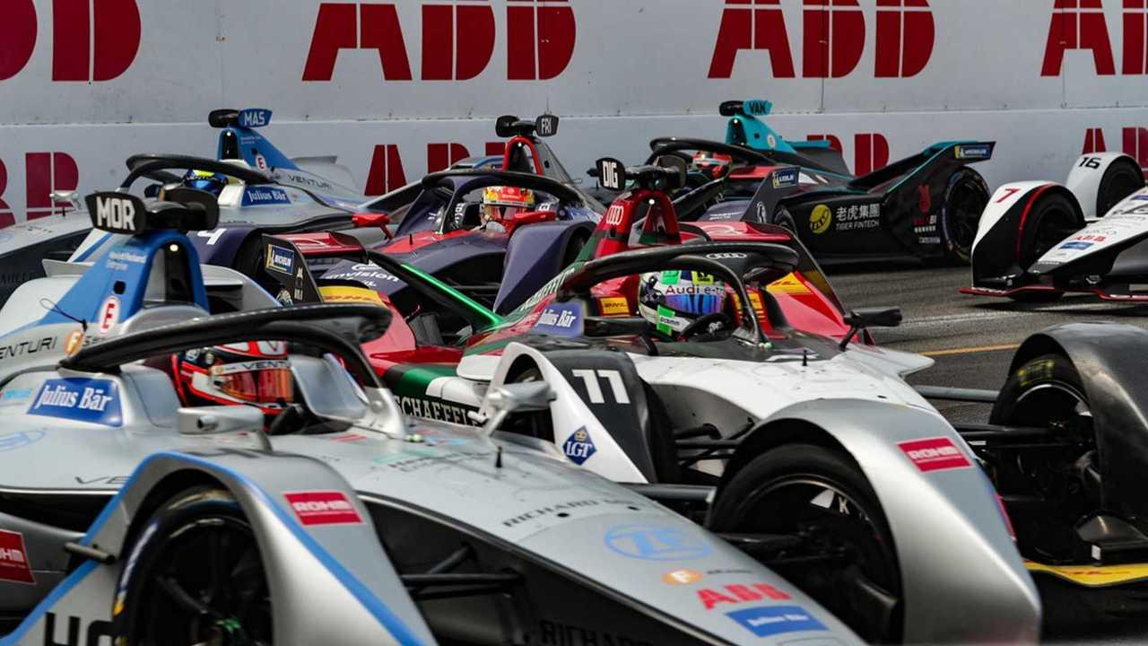 Le peloton de Formule E au départ