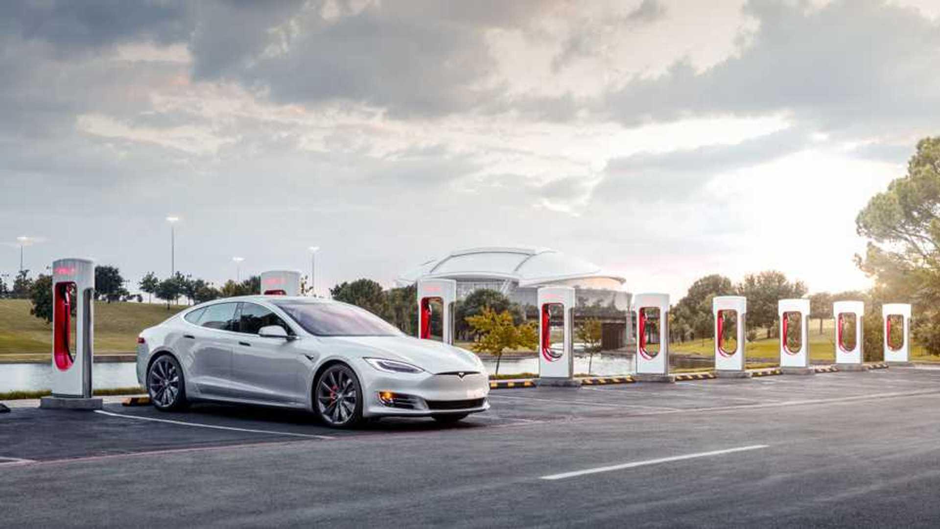 Tesla Supercharger Expansion Goals Not Met For 2017