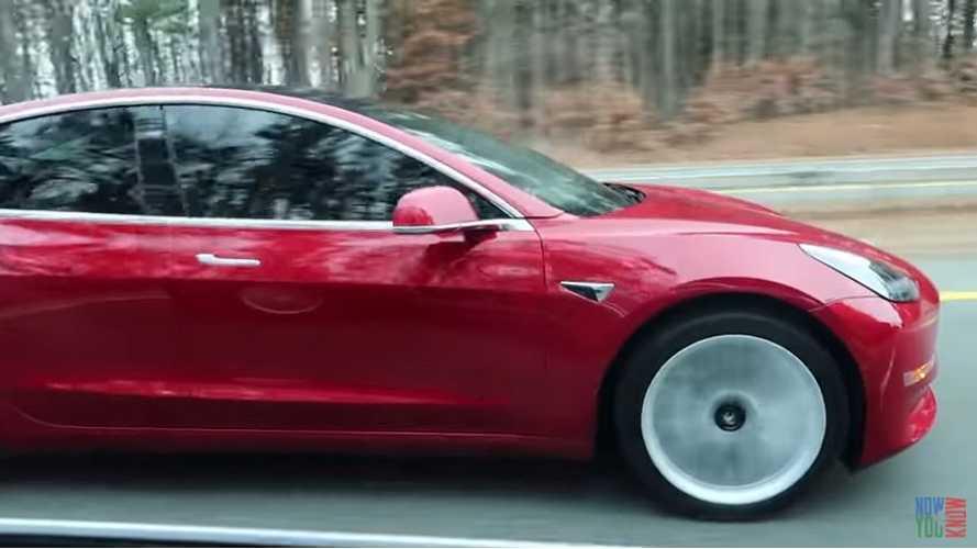 Tesla Model 3 Winter Range In the Real World - Video