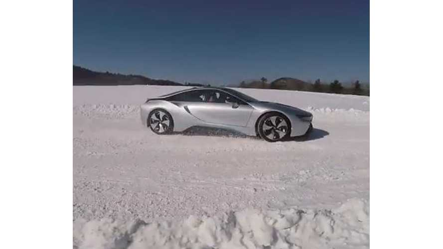 Jalopnik Drifts BMW i8 - Video