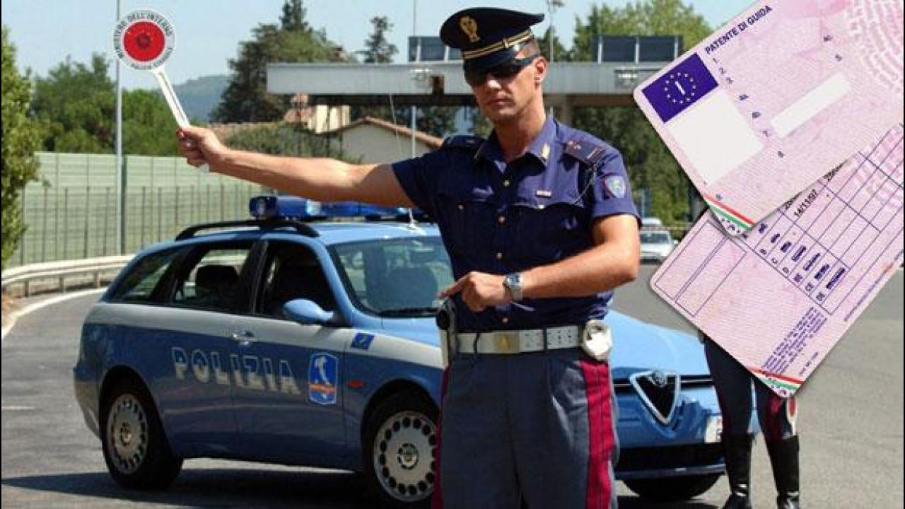 [Copertina] - Guida senza patente, da domani non sarà più reato