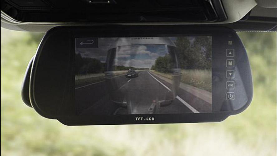 Land Rover inventa il rimorchio trasparente