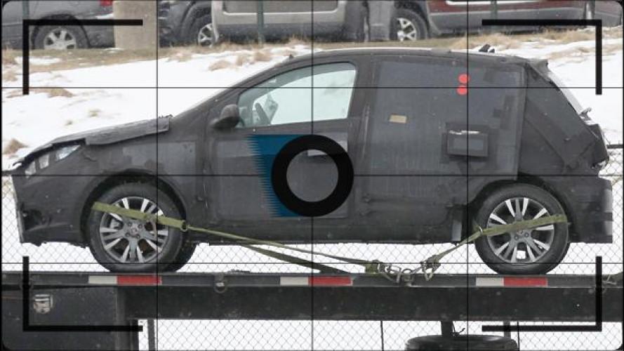 Nuova Fiat Punto, foto spia dall'America