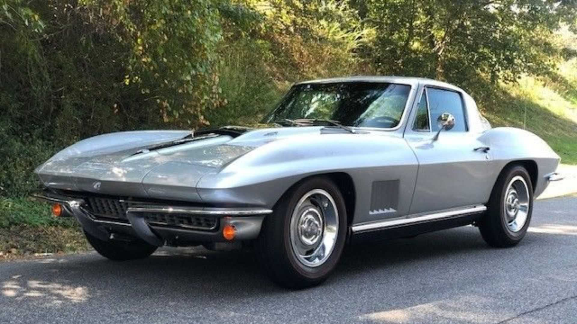 "[""Bid On A Numbers-Matching 1967 Chevy Corvette""]"