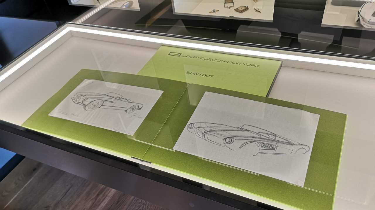 Primeros bocetos del BMW 507