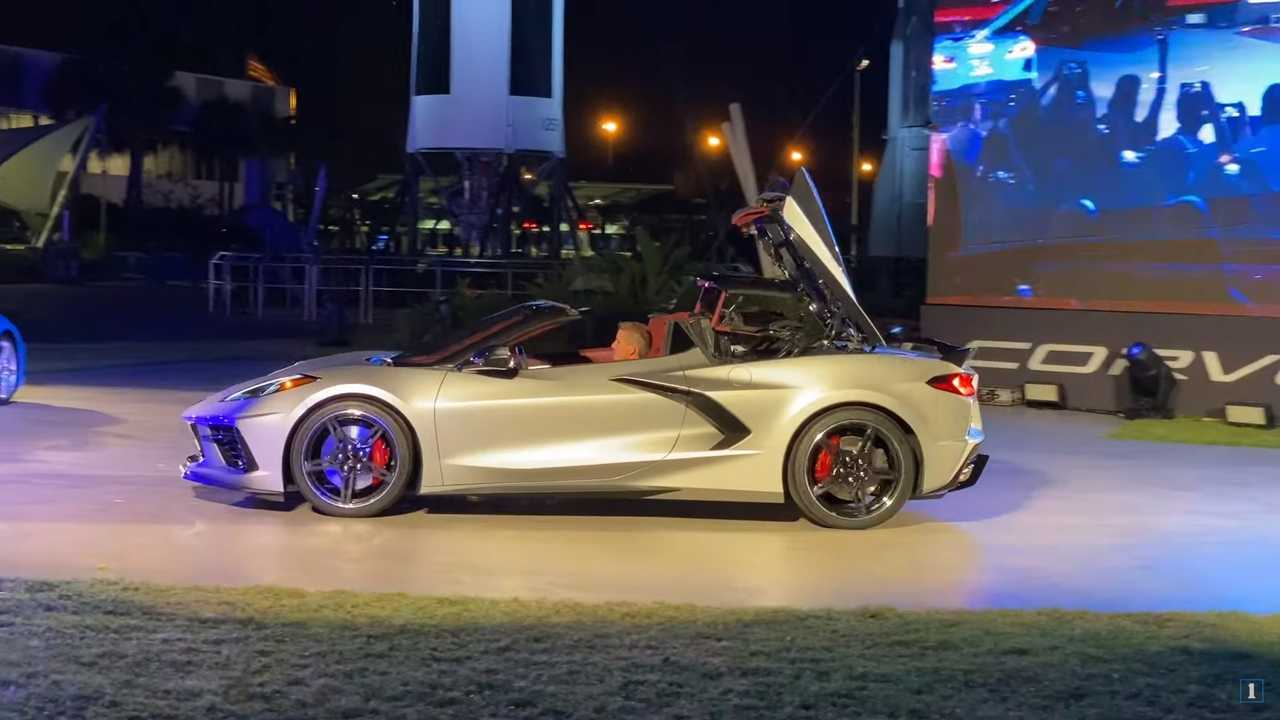 See the 2020 Corvette Convertible's retractable top in action