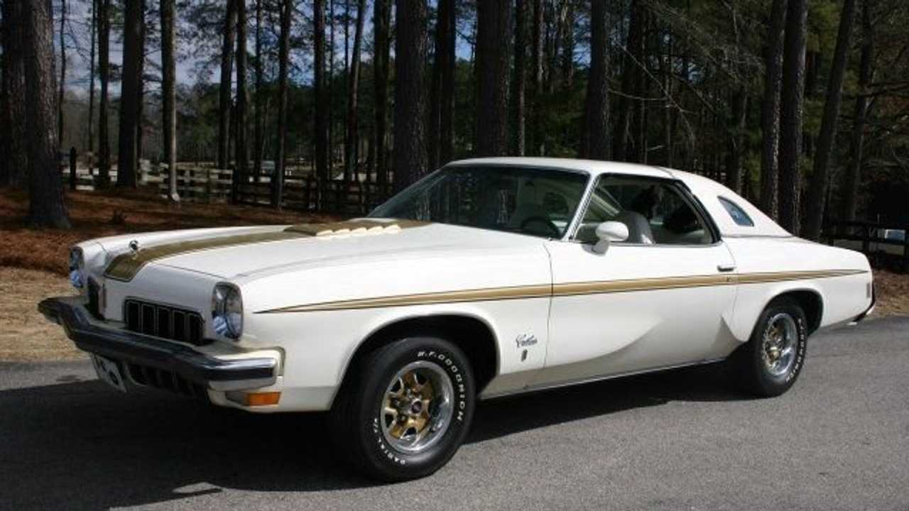 Clear Garage Space For This 1973 Oldsmobile Cutlass Hurst