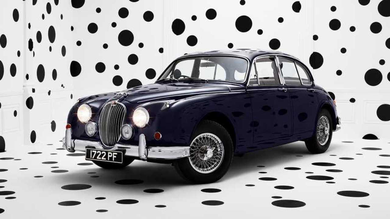Jaguar celebrates Mk 2 milestone with photo series