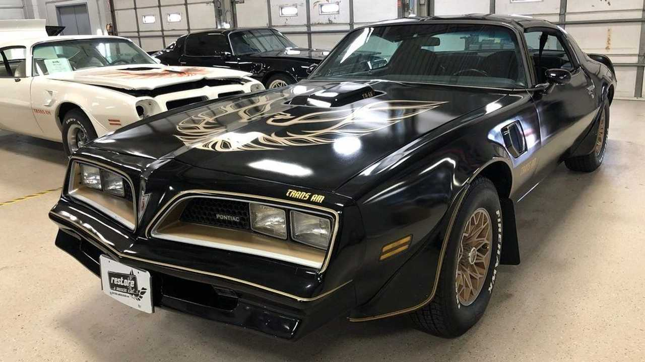 Unleash Your Inner Bandit With This 1977 Y82 Trans Am SE