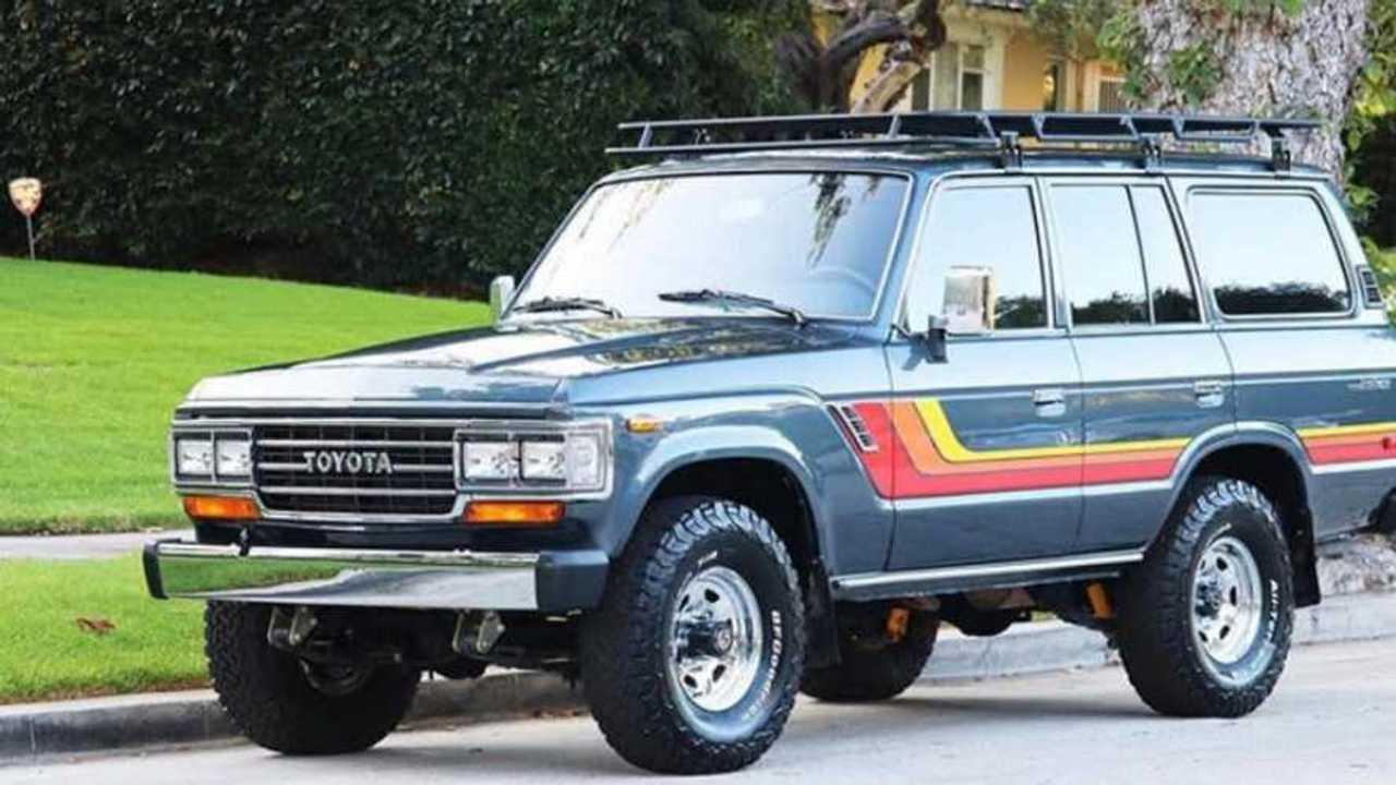 Joel McHale Snags A 1990 Toyota Land Cruiser J60