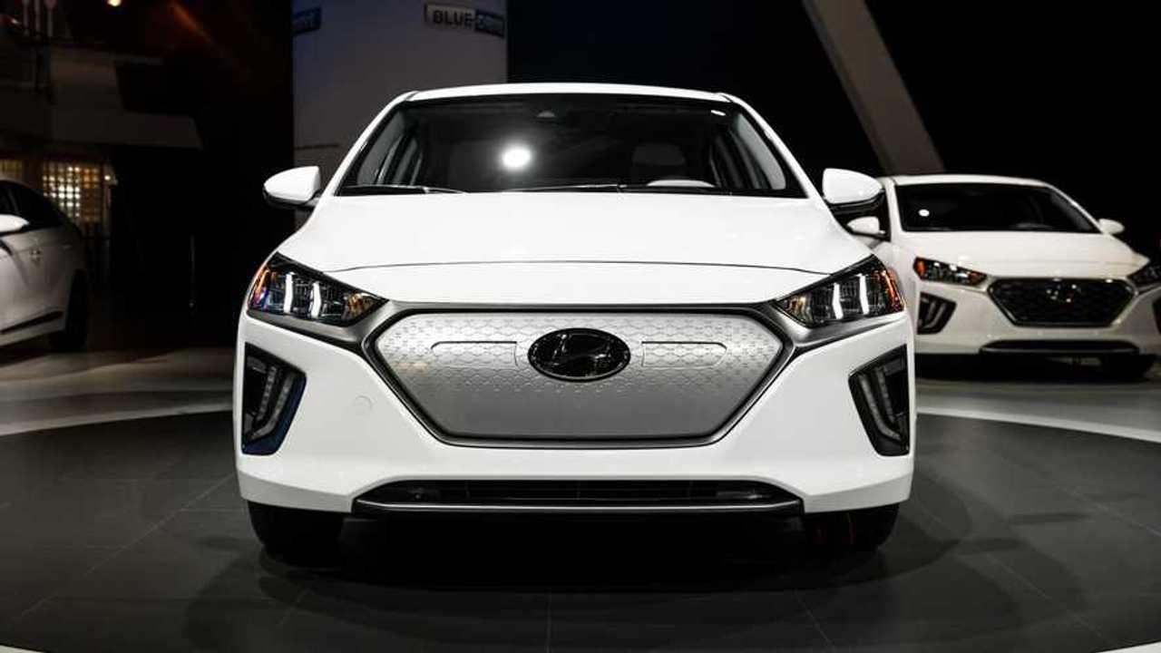 2020 Hyundai Ioniq Live Image