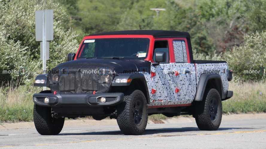 Jeep Gladiator 'Hercules' Spy Shots