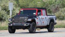Jeep Gladiator 'Hercules' Spy Shots