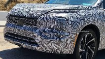 Mitsubishi Outlander new spy photos