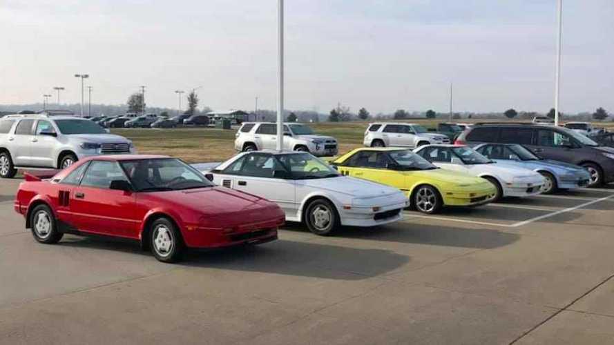Man trades entire Toyota MR2 collection for 2016 Miata