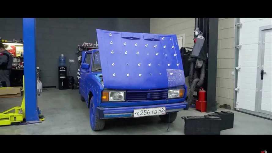 Garage 54 LED Lights On Lada Body | Motor1.com Fotók