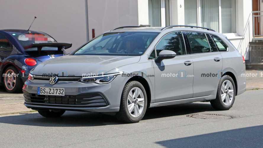 2020 Volkswagen Golf Variant minimal kamuflajla görüldü