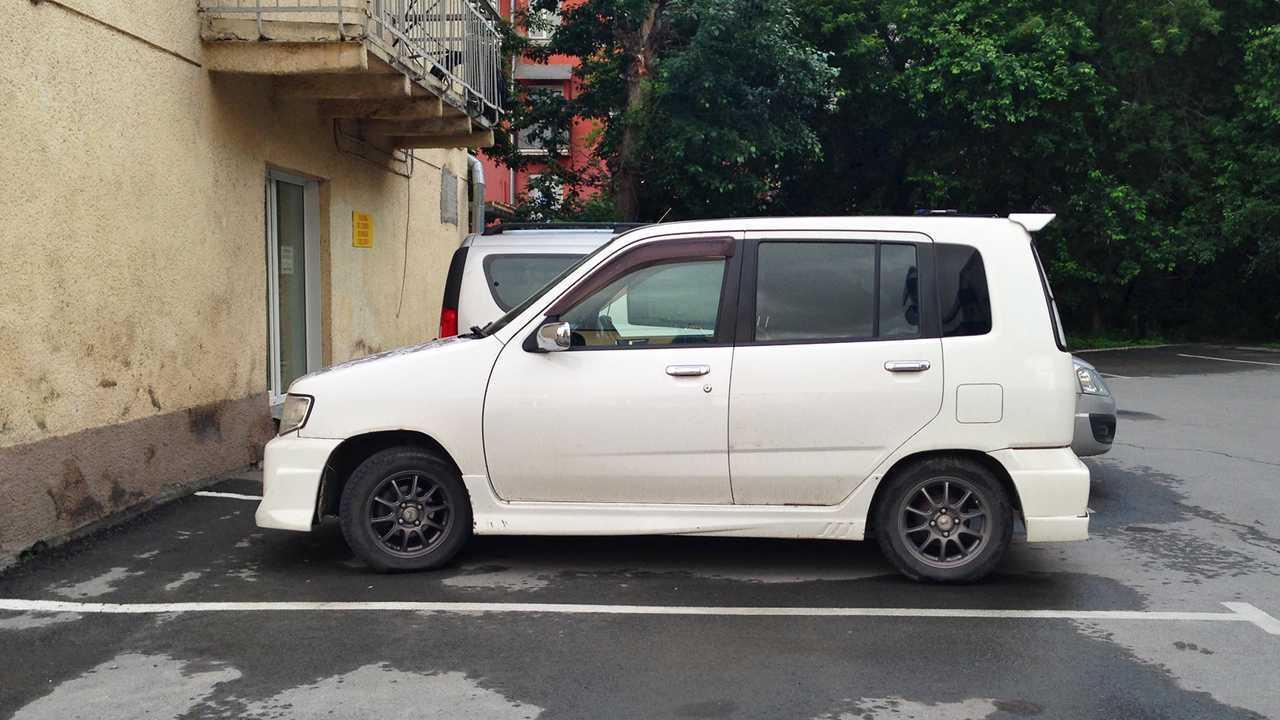 Nissan Cube (Z10)
