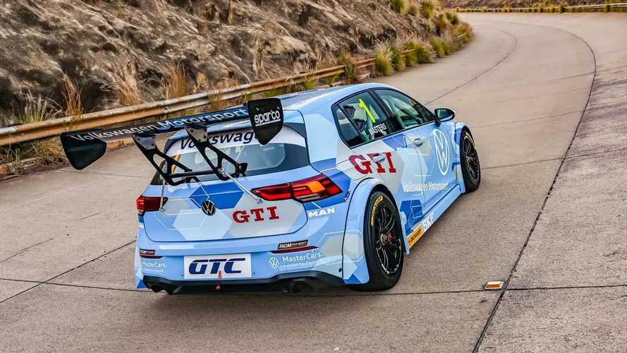 Volkswagen Golf 8 GTC Yarış Otomobili