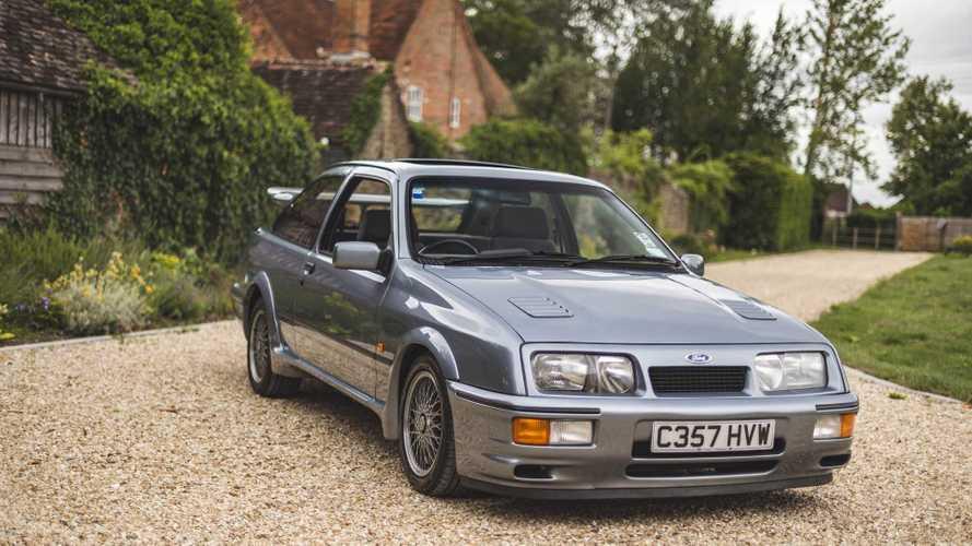 Kalapács alá kerül a valaha készült egyik legritkább Ford Sierra RS Cosworth