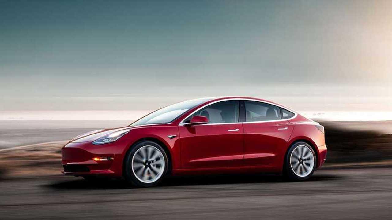 Tesla начала принимать обычные заказы на Model 3
