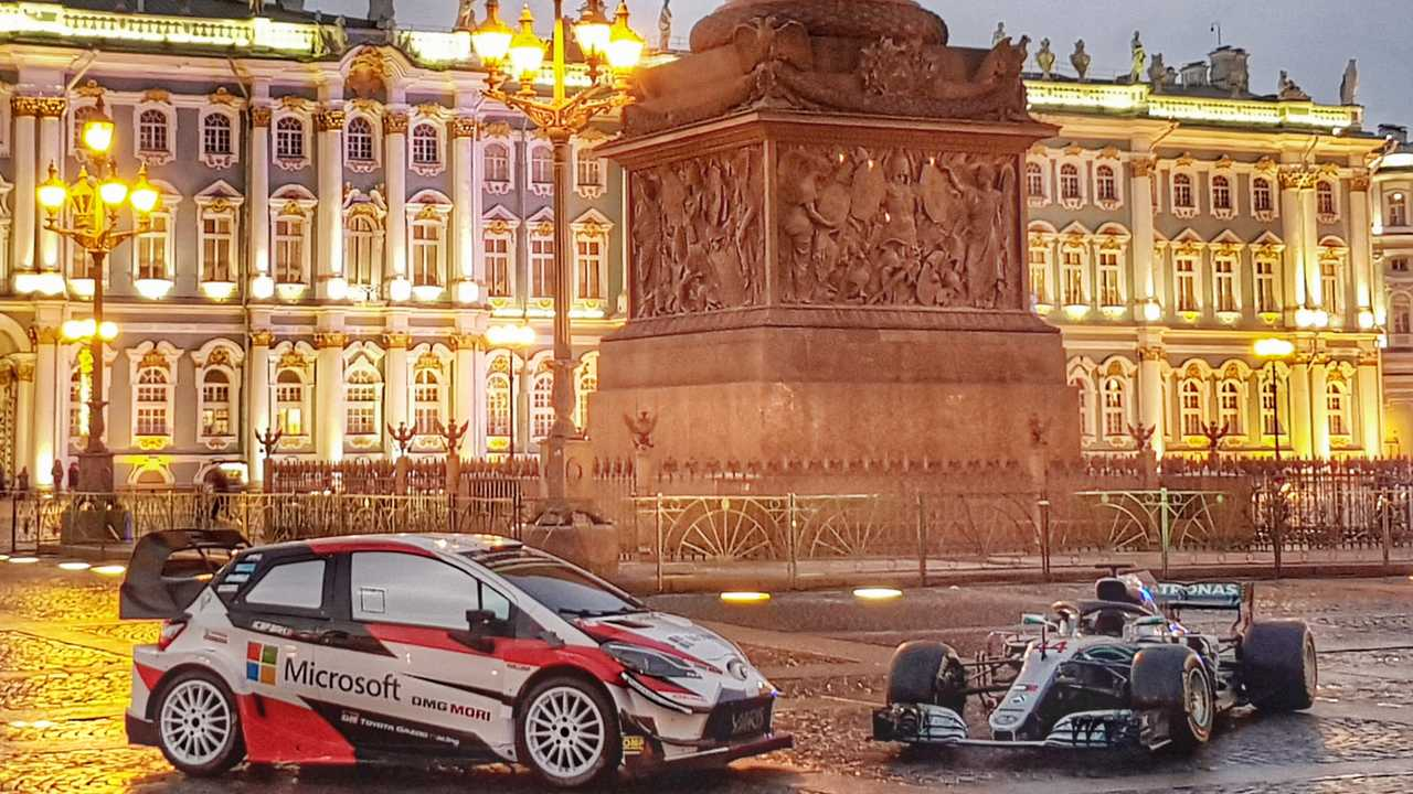 Toyota Yaris WRC & Mercedes-AMG F1 W09 EQ Power+