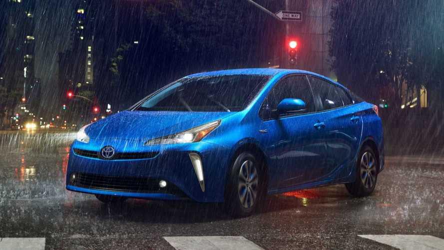 Toyota Prius 2019 estreia visual mais