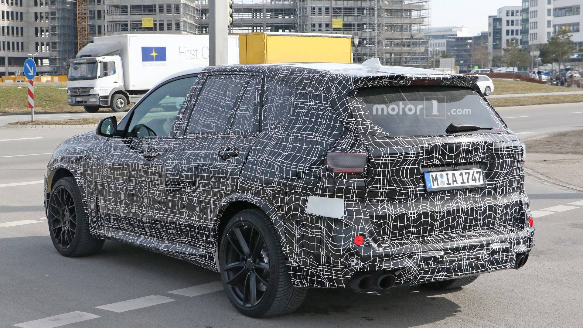 See 2019 Bmw X5 M Test Driver Put The Pedal To The Metal