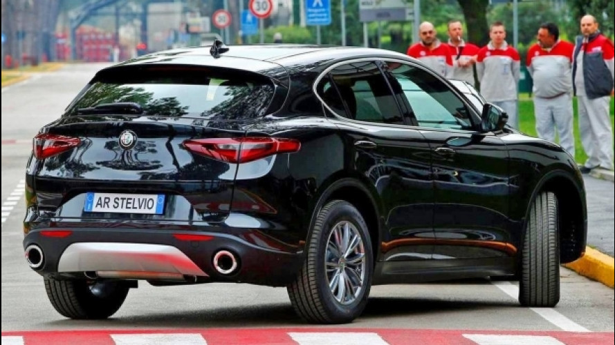 Alfa Romeo Stelvio, nuove foto di quella normale