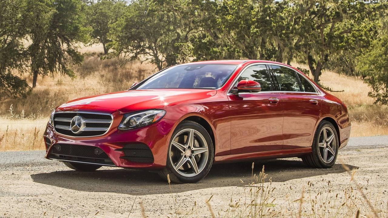 2017 World Luxury Car: Mercedes-Benz Clase E