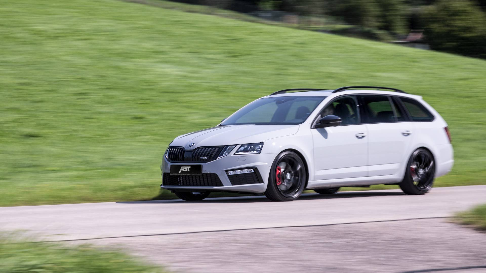 Skoda Octavia Rs By Abt Looks Normal But Hides A Secret 315 Hp