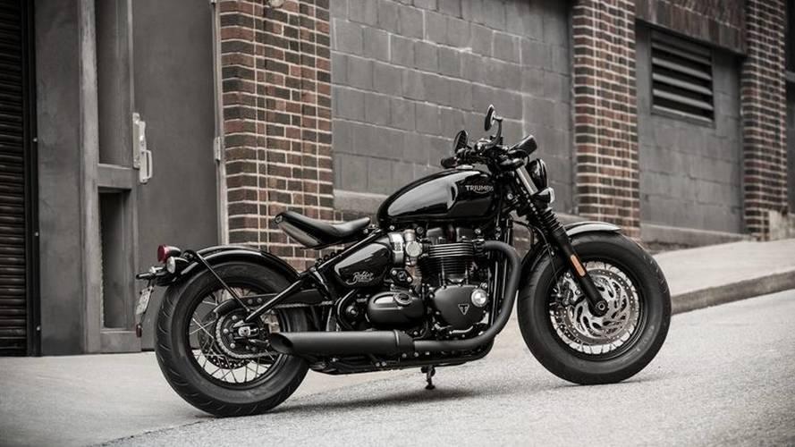 Triumph Debuts New Bonneville Bobber Black