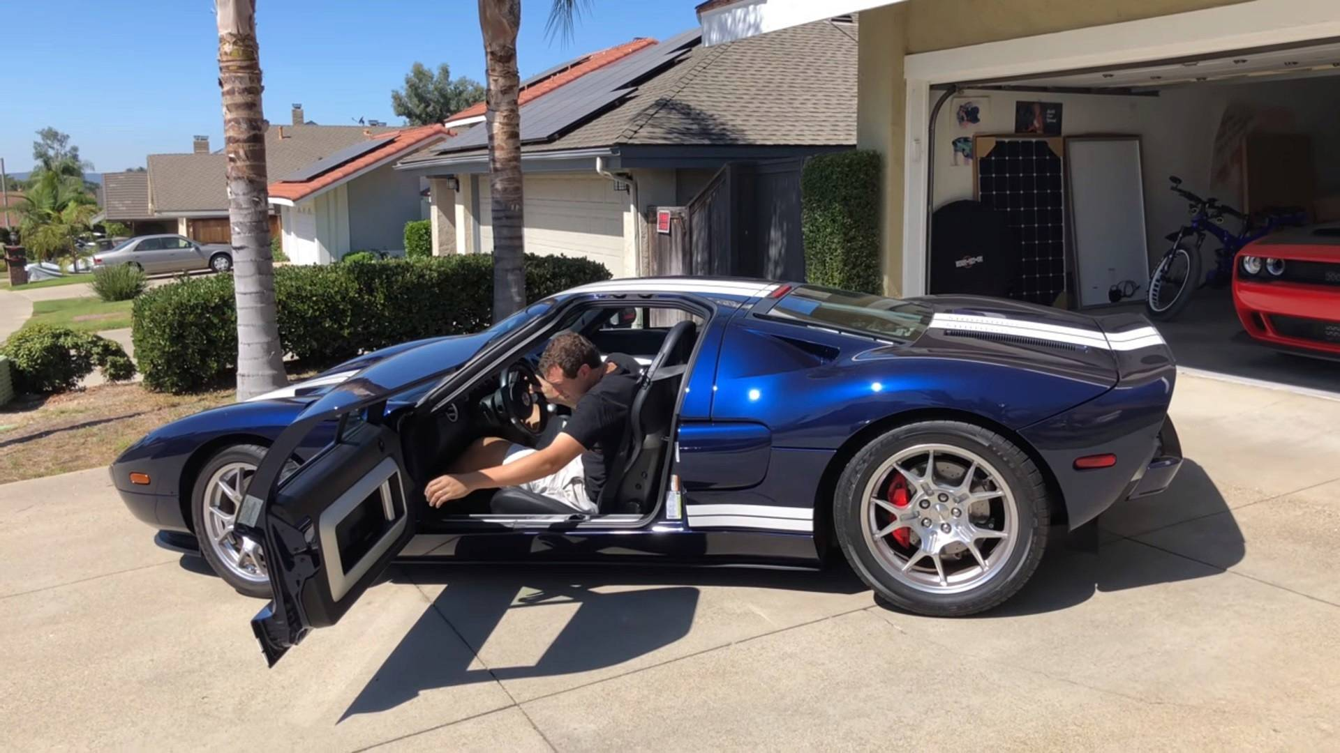 Watch doug demuro take delivery of a 2005 ford gt