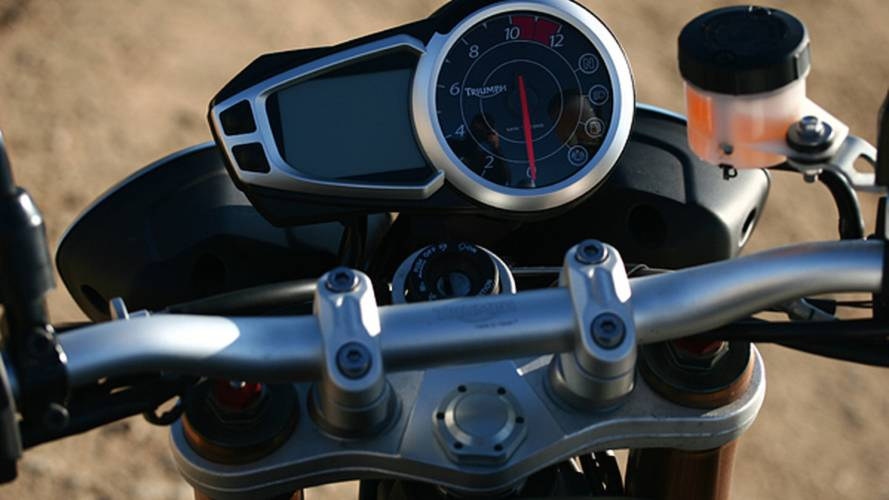 Why the 2011 Triumph Speed Triple makes every other naked look silly