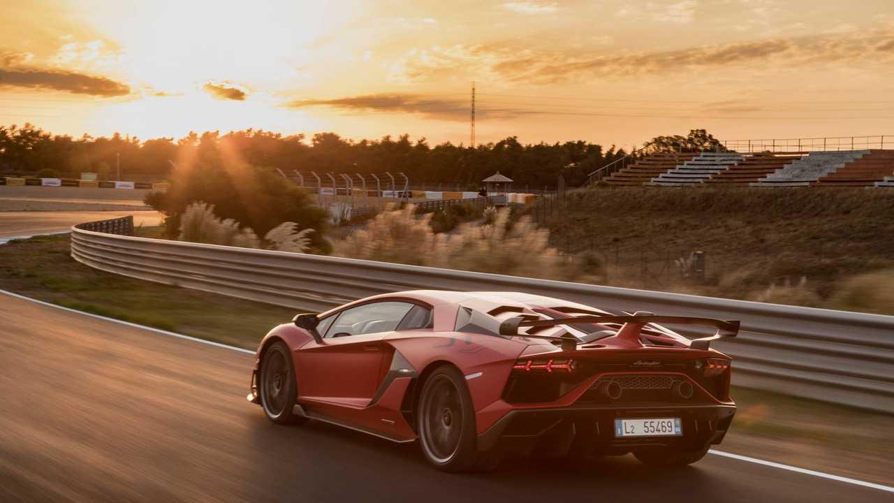 Lamborghini Aventador SVJ, test drive Estoril