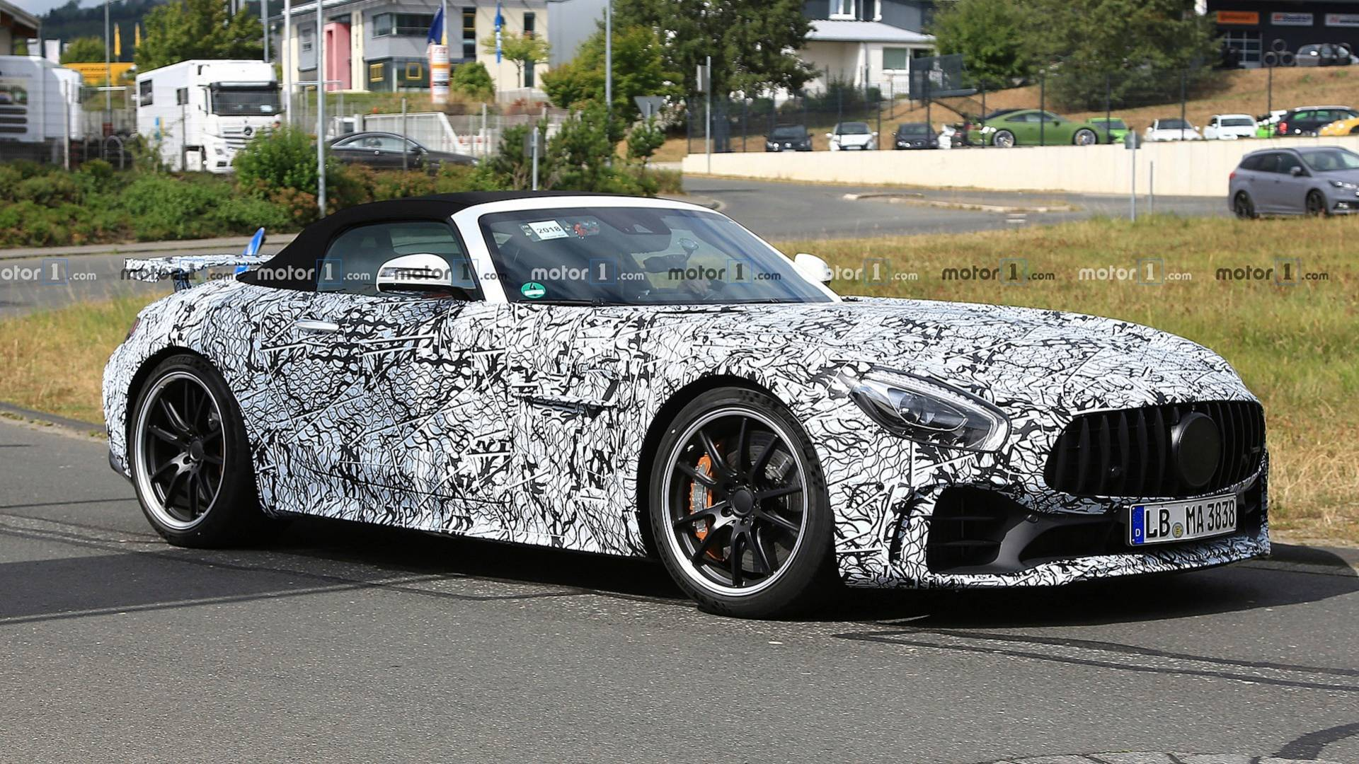 Mercedes-AMG GT R Roadster Indirectly Confirmed With 577 HP