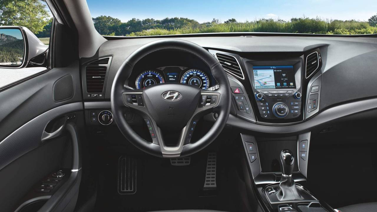 Hyundai i40 Sedan And Wagon