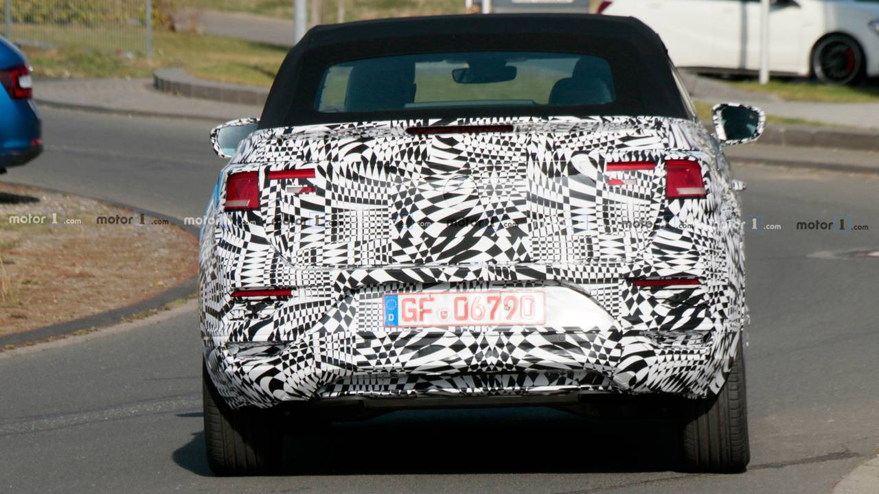 Fotos espía Volkswagen T-Roc Cabrio 2020