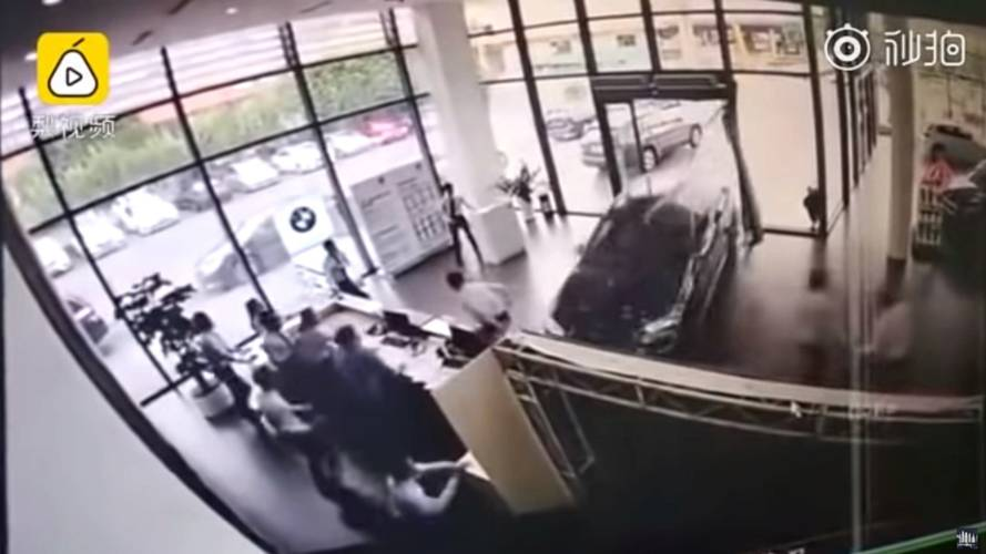 BMW X1 Test Drive Ends With SUV Crashing Into Dealership