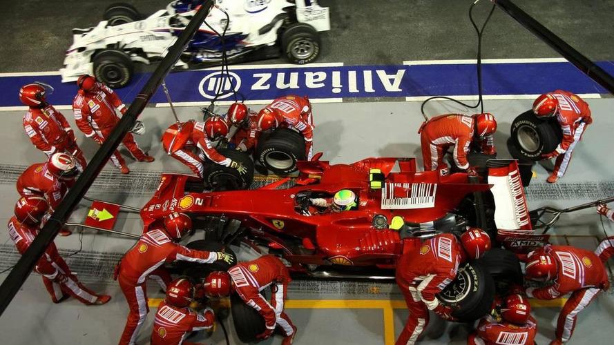 Massa 'still offended' by crashgate scandal - Piquet