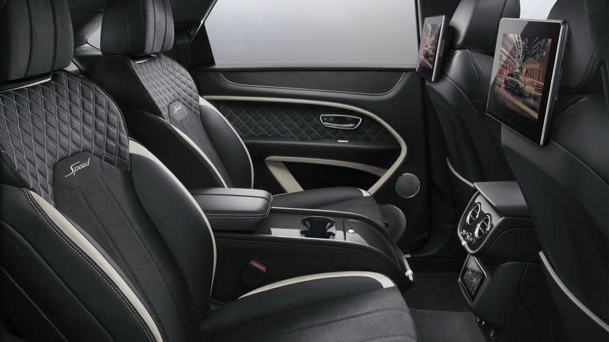 Bentley, nuovi maxi schermi posteriori per Bentayga e Flying Spur