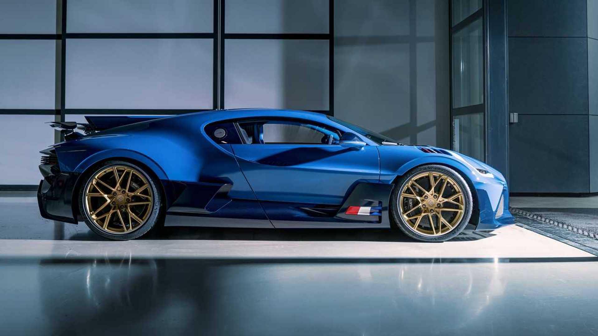 https://cdn.motor1.com/images/mgl/o0BGy/s6/bugatti-divo-side-view.jpg