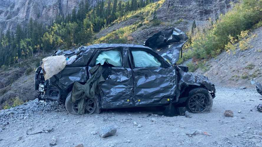Íme, így néz ki egy Ford Bronco Sport, miután 400 métert zuhant le egy hegyről