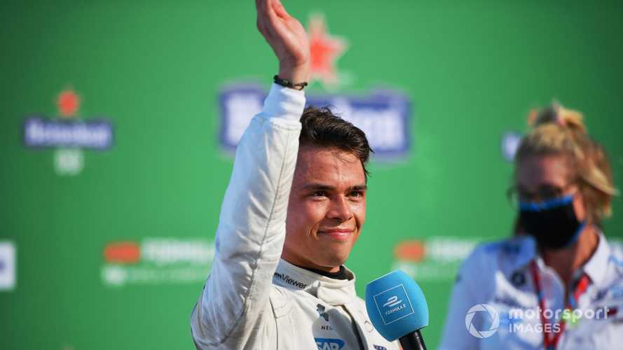 Russell: 'Fantastic' Nyck de Vries deserves to be in Formula 1