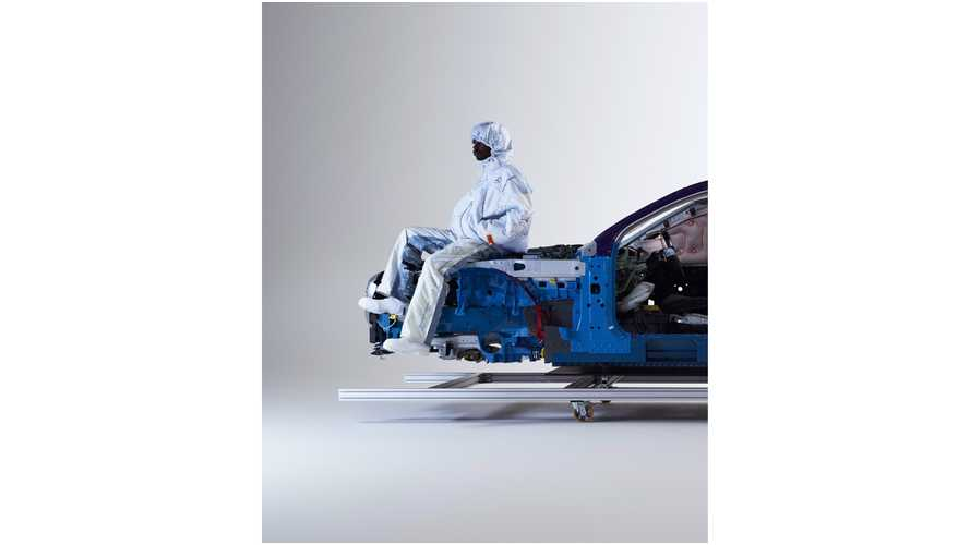 Mercedes-Benz Airbag Concept Clothing Collection